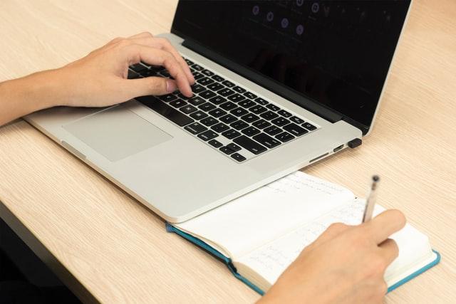 WEBライティングはリサーチ力と構成力