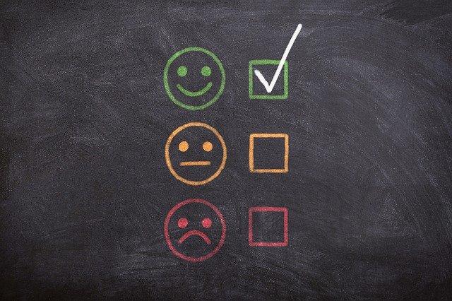 快歩主義は介護場面で評価が高く、実際の評判や口コミも豊富